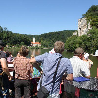 Schifffahrt durch die Weltenburger Enge (Donaudurchbruch)